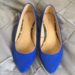 Shoes - Express pointy toe flats